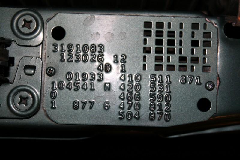 Mercedes benz sonderausstattungen optie codes algemene for Mercedes benz bluetooth code
